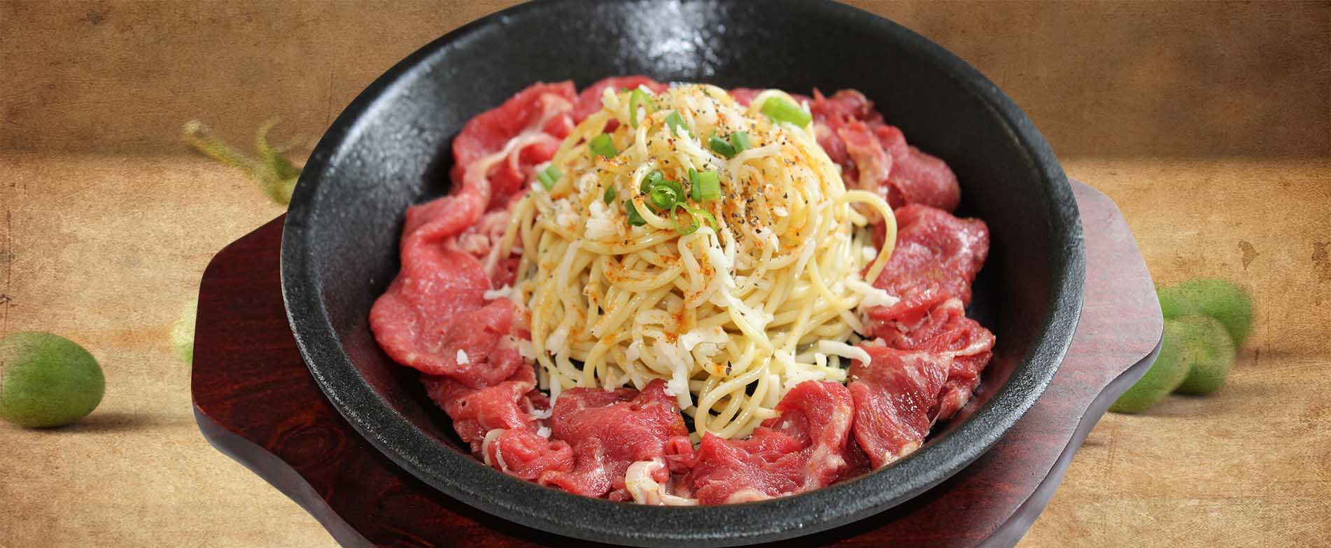korean-food-pasta-beef